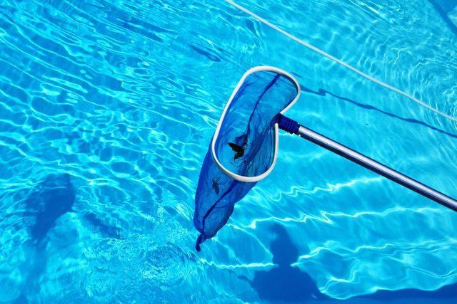 pool squeaky clean